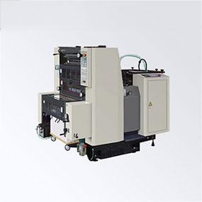 卷筒纸胶印机